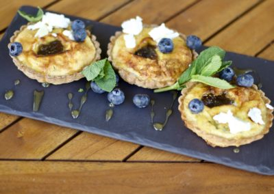 Fig and goat's cheese tartlets