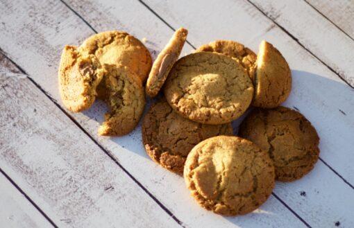Honey-chocolate chunk cookies