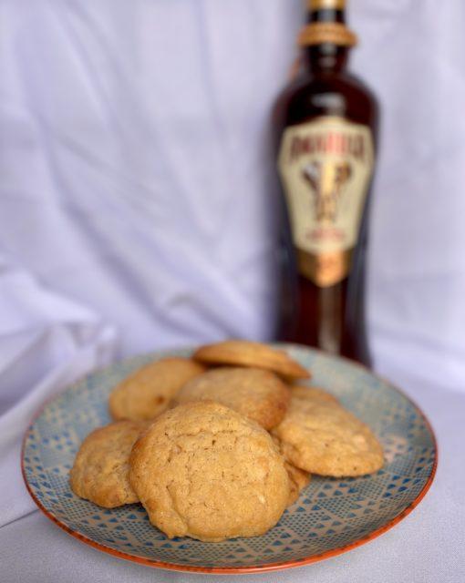 Amarula and white chocolate cookies